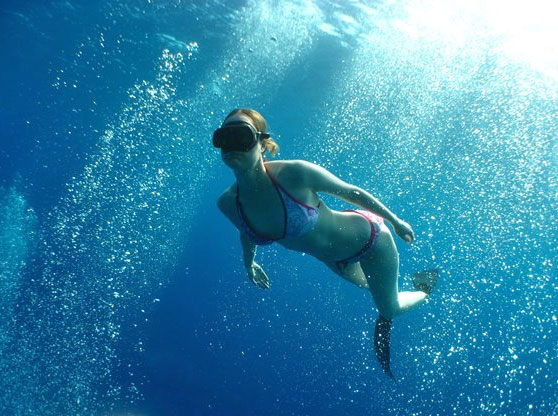 Emma Farrell, your freediving instructor.