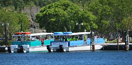 Boats Pennekamp Park uses for snorkel trips out to the coral reef