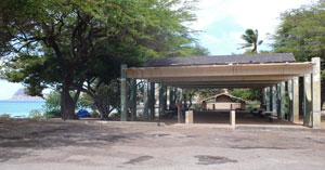 Pavilion and restrooms at Kahe Point Beach Park