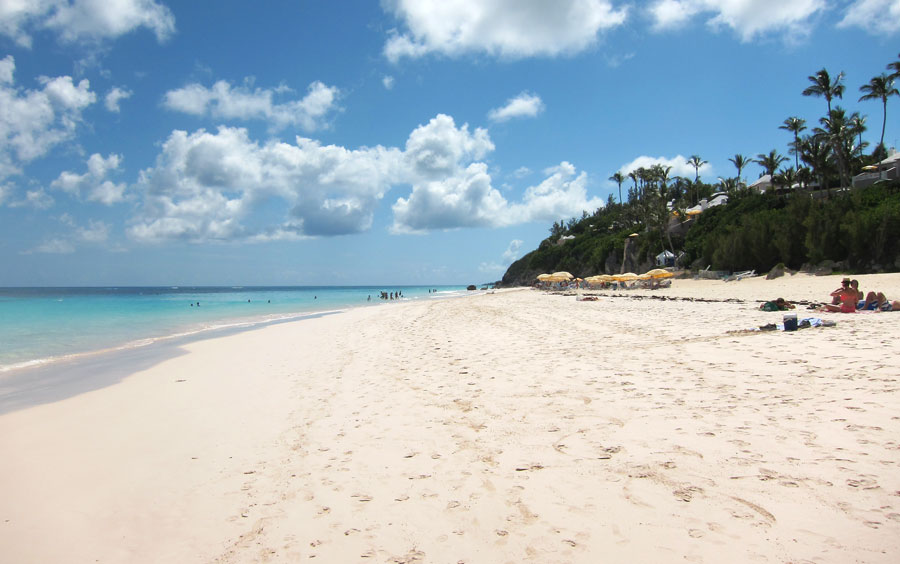 Snorkeling Elbow Beach Big Public Beach With Easy Reef Access
