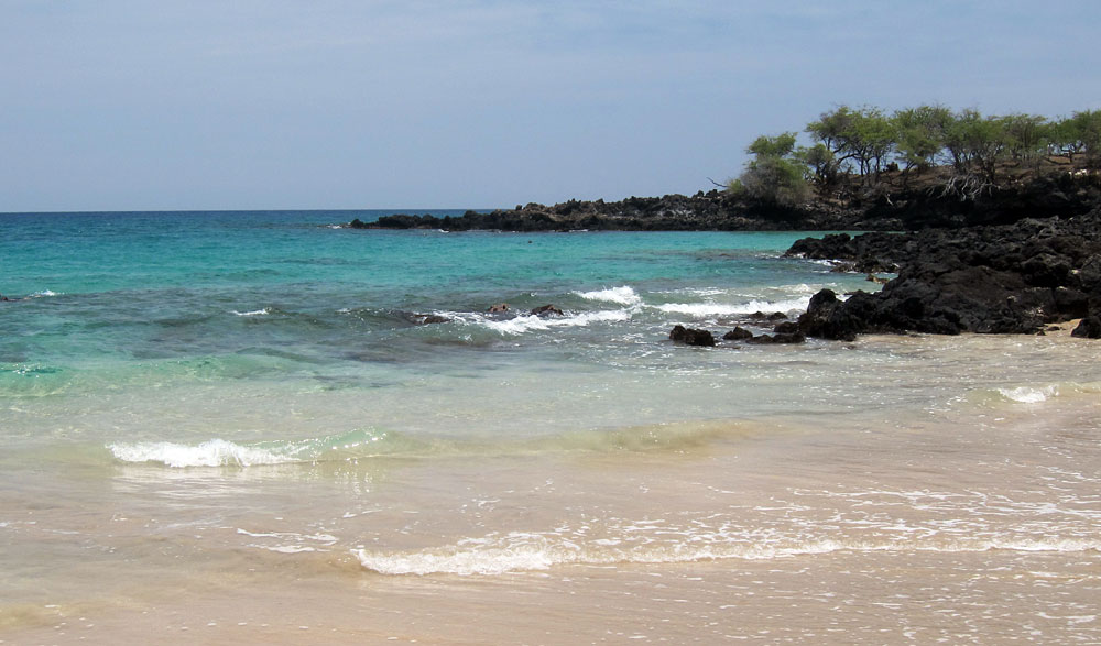 Snorkeling from the right end of Hapuna Beach.