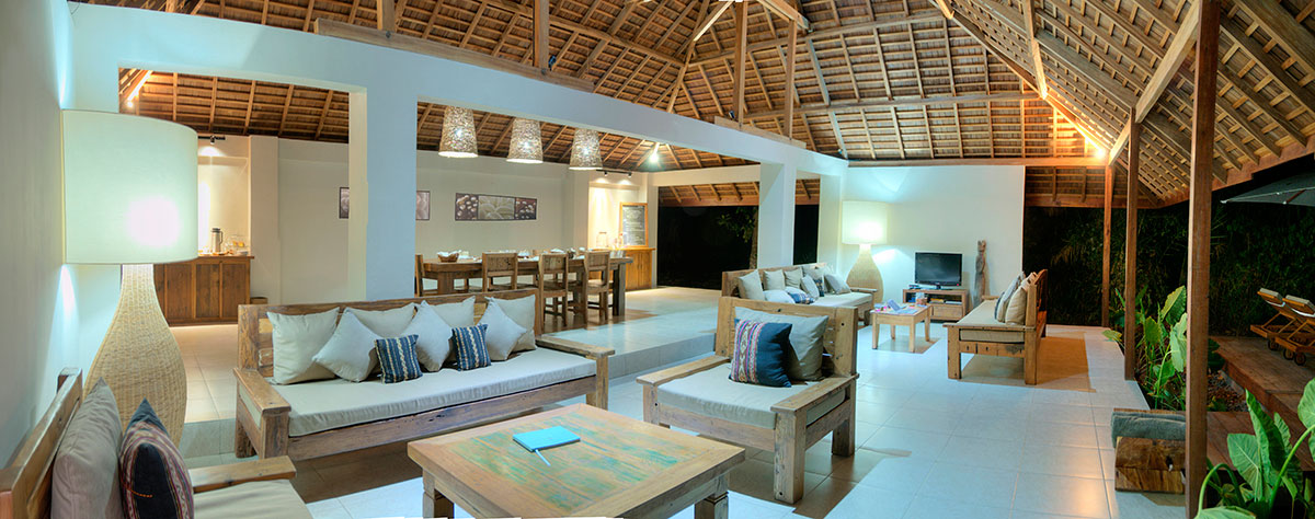 Alami Alor's communal dining area and lounge.