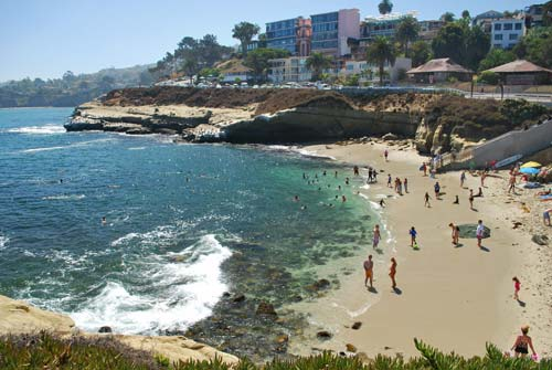 View of the beach at La Jolla Cove