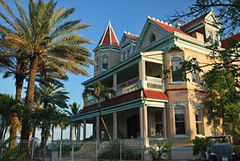 Victorian Style home in Old Town Key West